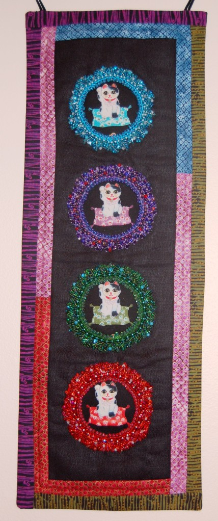 Maneki-Neko Beaded Fabric Wall Hanging